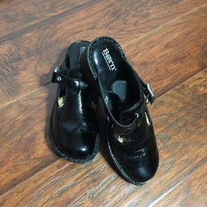 Born Black Patent Leather Clogs Mules 9 / 40.5 M